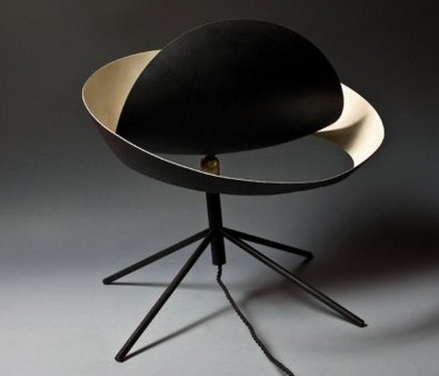 lampe de table saturne oeuvre de l 39 artiste serge mouille. Black Bedroom Furniture Sets. Home Design Ideas